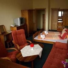 Hotel TOLIAR