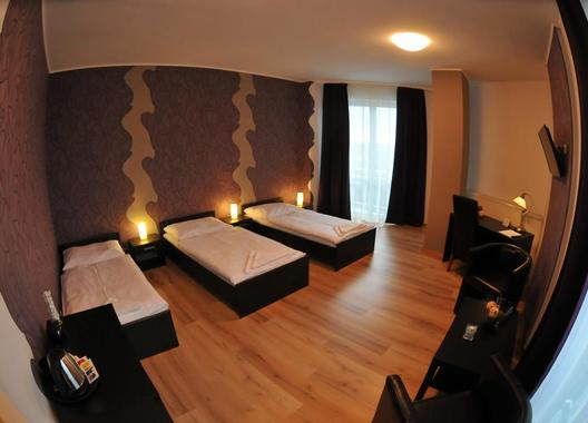 Hotel-Modena-70