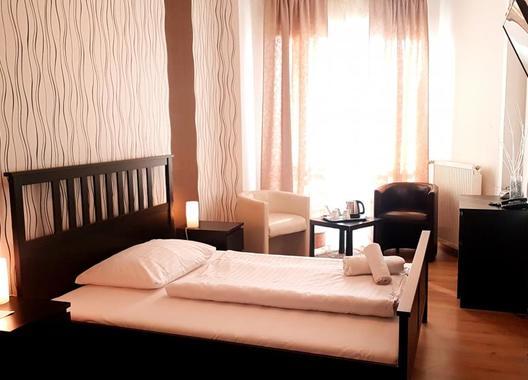 Hotel-Modena-72