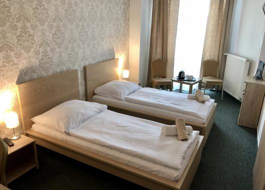 Hotel-Modena-23