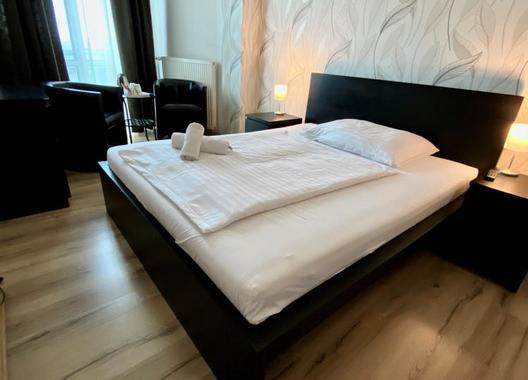 Hotel-Modena-17