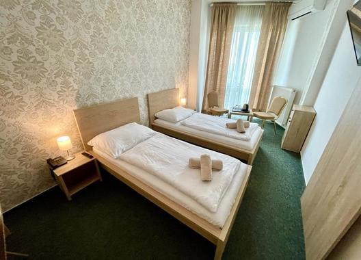 Hotel-Modena-3