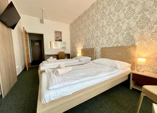 Hotel-Modena-10