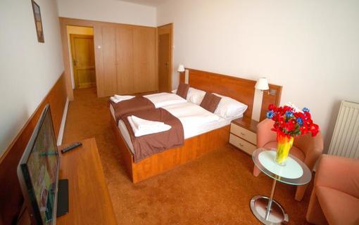 Hotel Palace Grand - Kúpele Nový Smokovec Dvojlôžková izba štandard