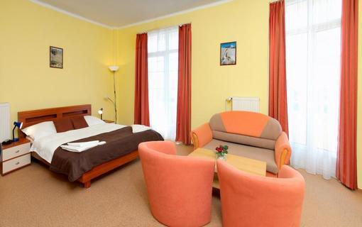 hotel PALACE 1154943299