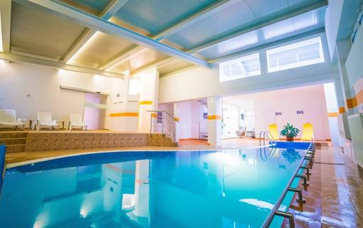 hotel PALACE relax zóna s bazénom