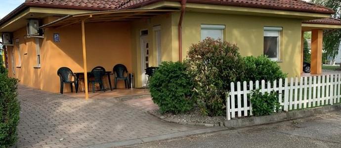 Villa Gracia Patince