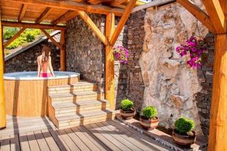 Kontakt wellness hotel-Stará Lesná-pobyt-Letní wellness prázdniny na 4 noci