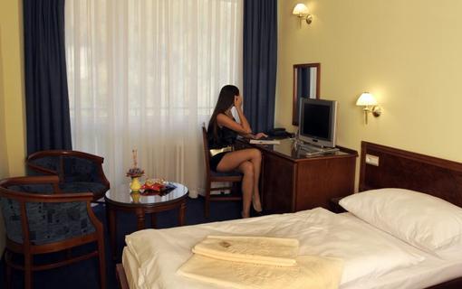 Liečebný dom Poľana - Brusno Kúpele 1156738273