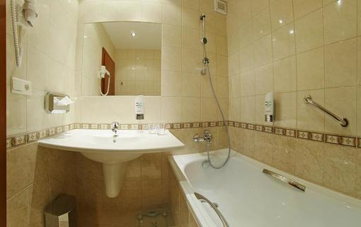 Liečebný dom Poľana - Brusno Kúpele 1156738275