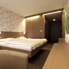 Hotel Máj-Piešťany-pobyt-Wellness víkend, 3 noci