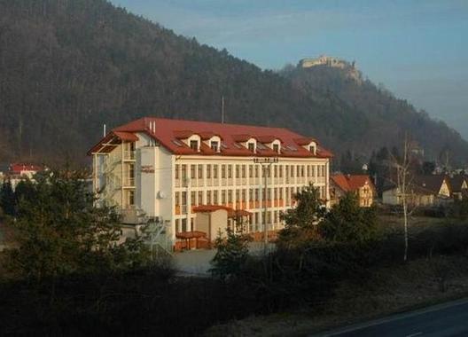 Hotel-Podhradie-1