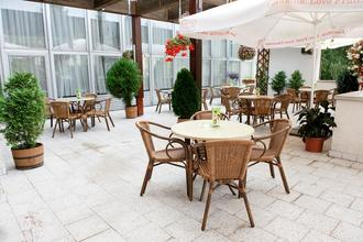 Hotel Flóra-Trenčianske Teplice-pobyt-Pobyt pro seniory