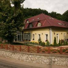 PARKHOTEL na Baračke Trenčianske Teplice 40478998