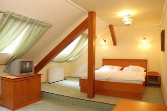 Hotel Most Slávy-Trenčianske Teplice-pobyt-Senior pobyt