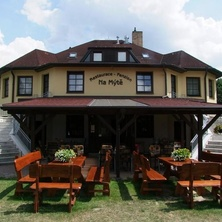Penzion - Restaurace Na Mýtě - Sezimovo Ústí