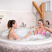 Hotel Tvrz Orlice-Letohrad-pobyt-Dámská jízda - zdraví a krása na 4 noci