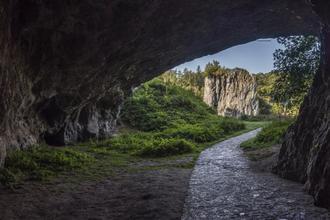 Olomučany-pobyt-Poznávací wellness balíček se vstupenkami do jeskyní a zámku přes všední dny