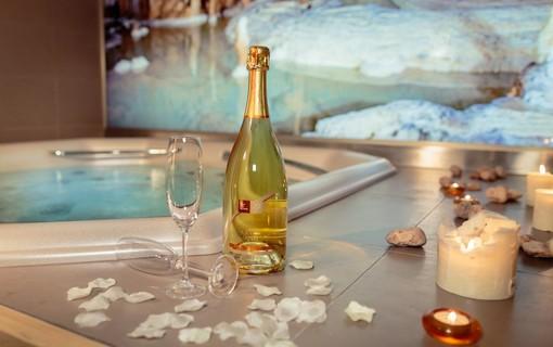 Romantický wellness balíček v Moravském Krasu přes všední dny-Hotel Olberg 1155028713