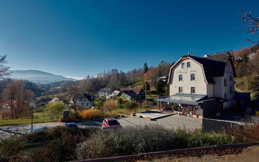 Hotel Slunný dvůr Resort Slunný dvůr, Lázně Jeseník