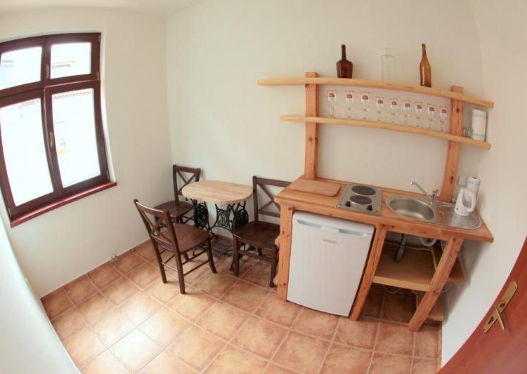 Apartman 1-kuchyňka