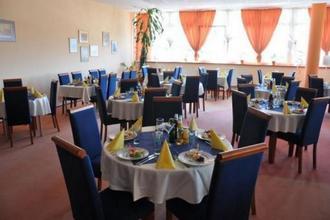 Hotel Plejsy-Krompachy-pobyt-Retro Silvestr