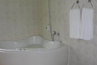 Hotel Hubert Nové Zámky 33584288