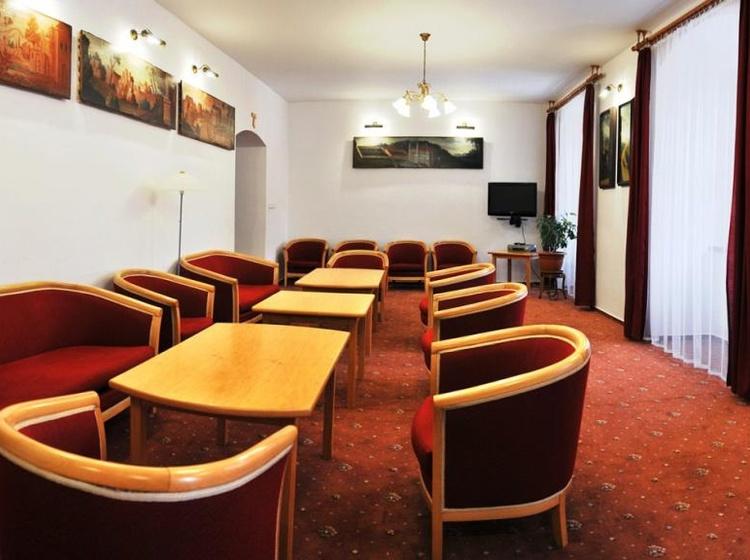 Klášter Hejnice - vzdělávací, konferenční a poutní dům Cabinet 2