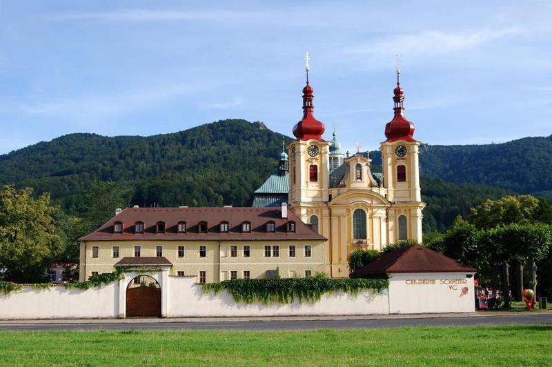 Klášter Hejnice - vzdělávací, konferenční a poutní dům 1