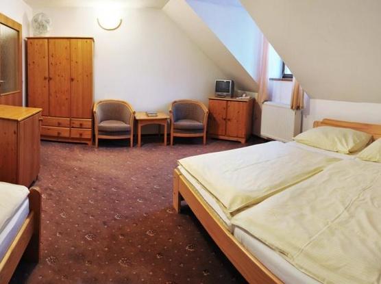 Klášter Hejnice - vzdělávací, konferenční a poutní dům 1133360849