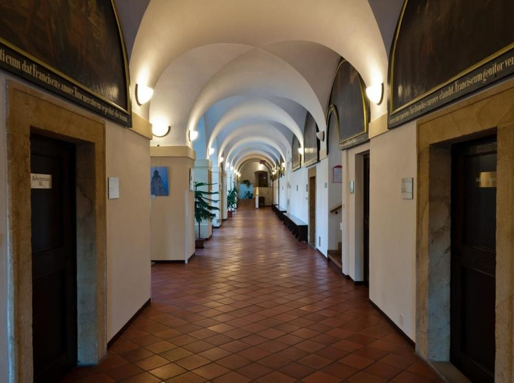 Klášter Hejnice - vzdělávací, konferenční a poutní dům 1133360835 2