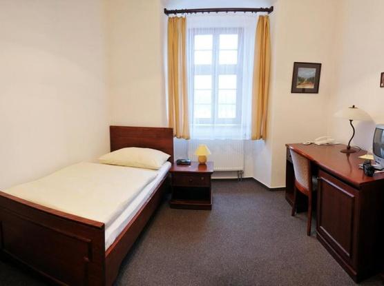Klášter Hejnice - vzdělávací, konferenční a poutní dům 1133360809
