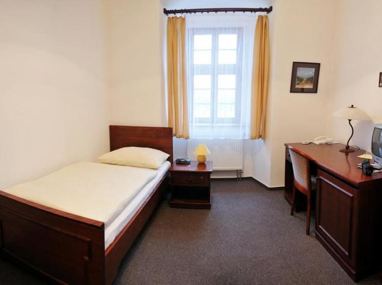 Klášter Hejnice - vzdělávací, konferenční a poutní dům 1133360809 2