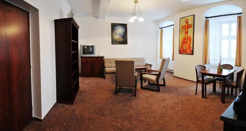 Klášter Hejnice - vzdělávací, konferenční a poutní dům 10