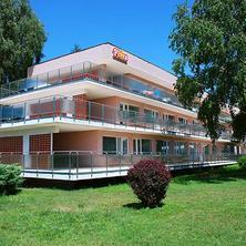 Hotel Flóra
