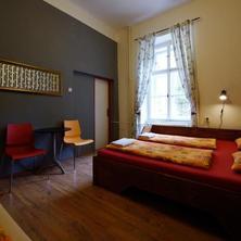 Hostel Elf Praha 37097682