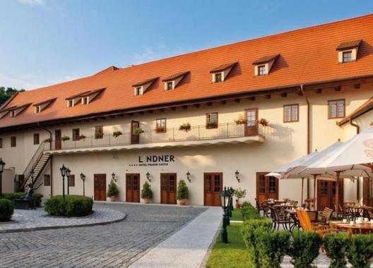Lindner-Hotel-Prague-Castle-1