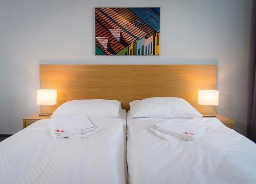 Hotel-ATOM-6