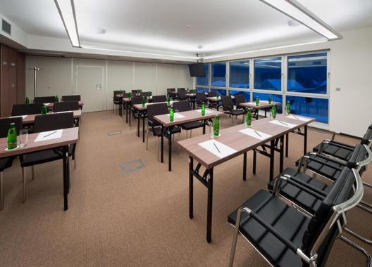 hotel-davidek_konferencni-mistnost-a-1