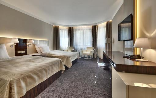 Luxury Spa & Wellness Hotel Prezident 1151823857