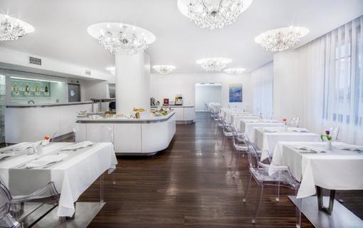 Luxury Spa & Wellness Hotel Prezident 1151823885