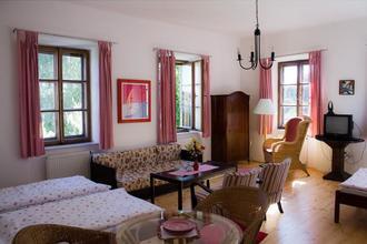 Dům Avalon Jindřichův Hradec 33599500