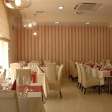Hotel Koruna Topoľčany 33600994