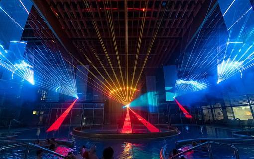 Hotel AquaCity Seasons Laser show