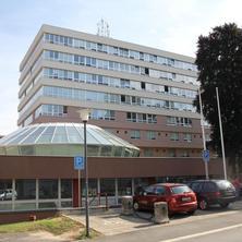 budova TUL s hotelem