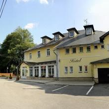 Hotel Leopold Račín