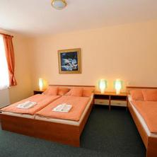 Hotel U Hrocha Škrdlovice 35667602