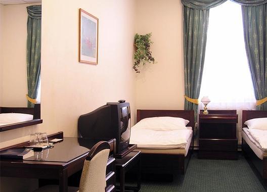 Hotel-Omega-21
