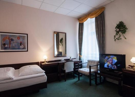 Hotel-Omega-11
