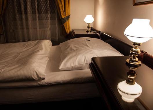 Hotel-Omega-4
